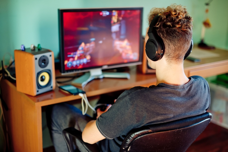 Listening to the Support System | Video Game Addiction: Real Concern or Really Fake? | Gammicks